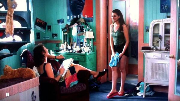 Mias-bedroom-in-Princess-Diaries-6